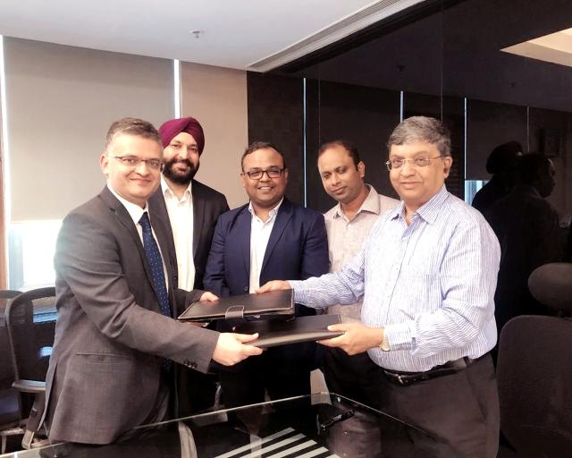Pic-IIFL Signs MoU with Maha Govt